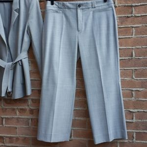 NWOT BR Logan Crop Trousers